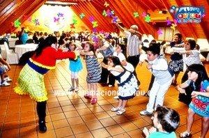 baile infantil del cocodrilo loco